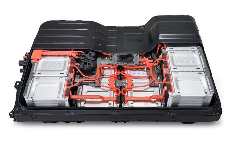 Ausgediente Fahrzeugbatterien lassen sich zu nachhaltigen second-use Batteriespeichern umnutzen.